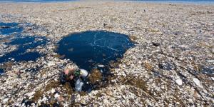 como llega el plástico al mar
